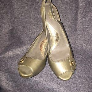 Simply Vera Vera Wang Shoes - SIMPLY VERA VERA WANG PLUMOSA COCOA PUMPS